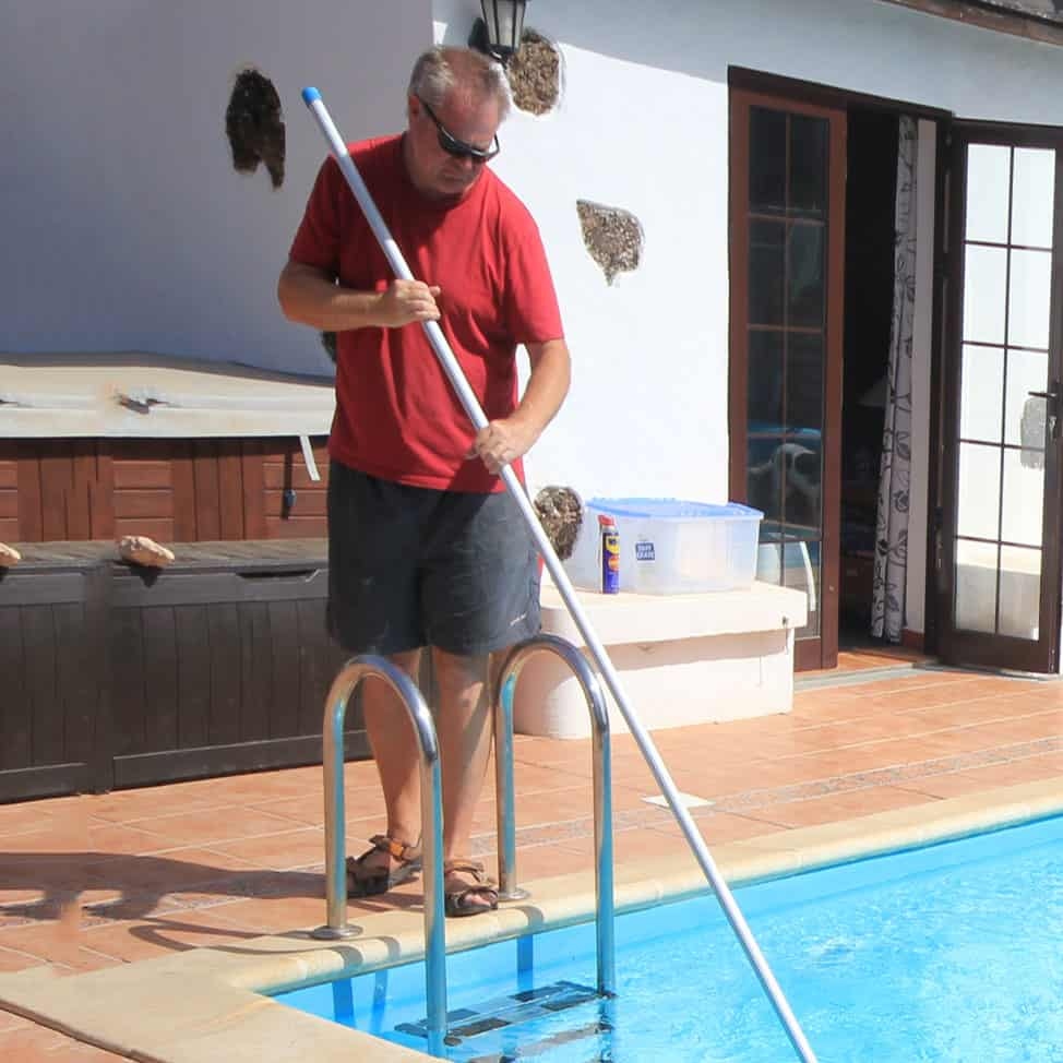 Easy Pool Cleaning About Me
