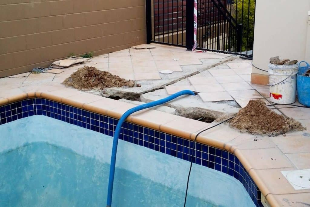 pool losing water - fixing a pool leak