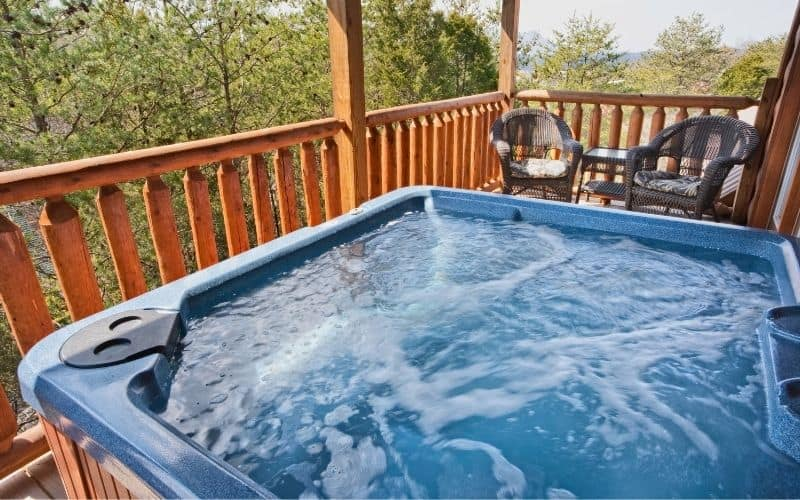 Should I Leave My Hot Tub on All the Time?