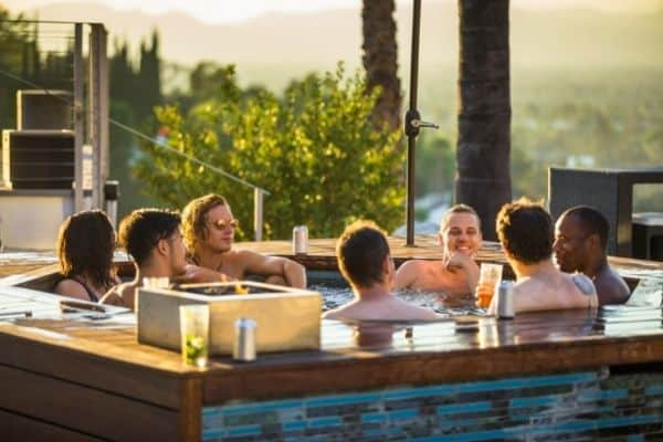 What Are the Pros and Cons of a Hot Tub? 1